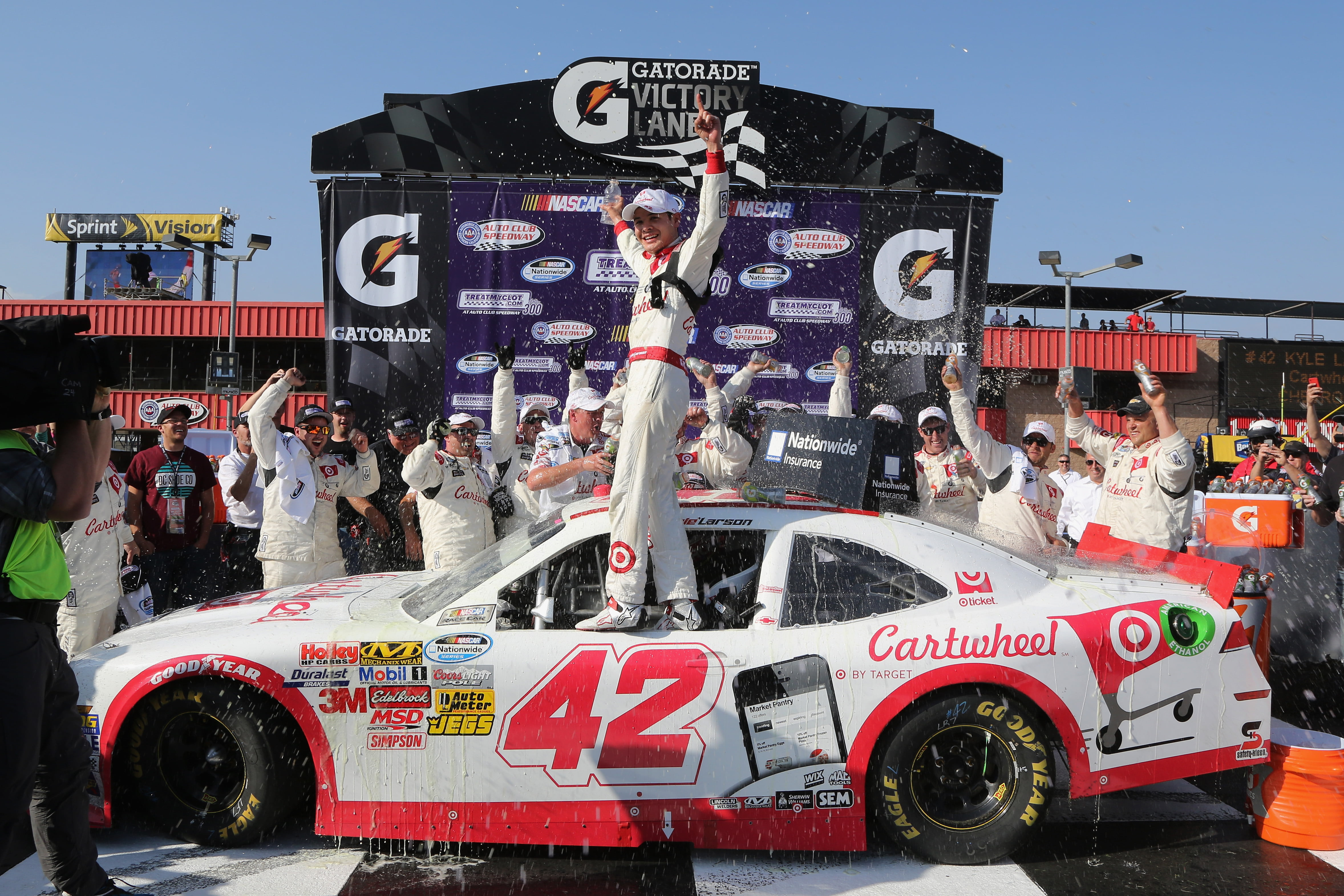Kyle larson gets first nationwide win for Larson motors used cars